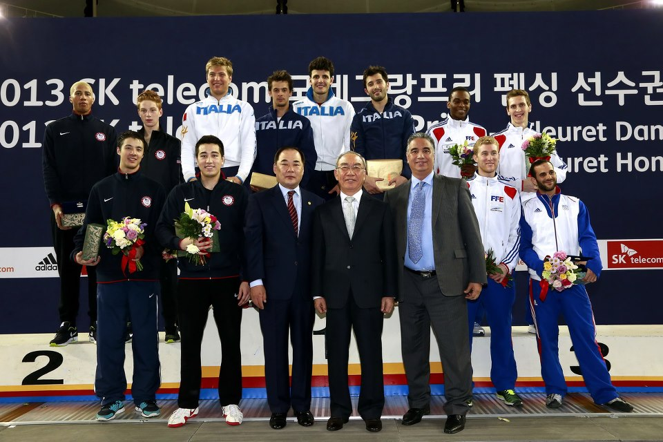 Medalists for the Men's Team Foil event at the SK Telecom World Cup. Photo:FencingPhotos.com