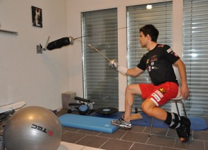 Heinzer rehabbing on his fencing dummy. Photo Credit: Max Heinzer official Facebook page