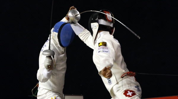 Max Heinzer executes an epee back flick